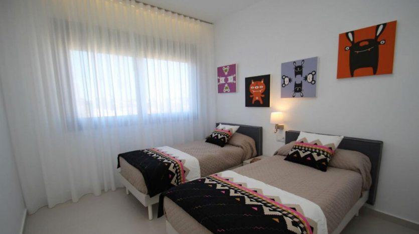 3er Dormitorio de Chalet Nuevo en Dehesa de Campoamor