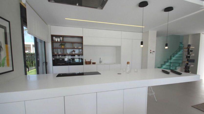 Vista Cocina de Chalet Nuevo en Dehesa de Campoamor