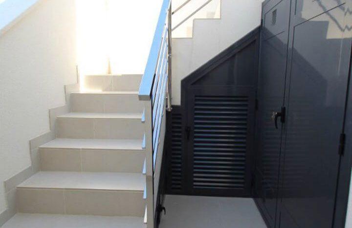 Escalera Terraza de Chalet Nuevo en Dehesa de Campoamor
